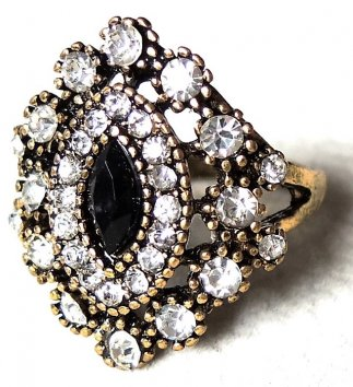 Black Antic Ring