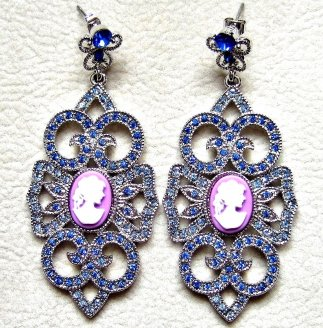 Cameos Royal Purple