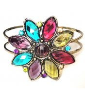 Pretty Flower Bangle